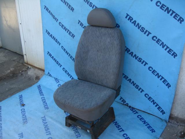 siege de chauffeur avec regulation de hauteur ford transit. Black Bedroom Furniture Sets. Home Design Ideas