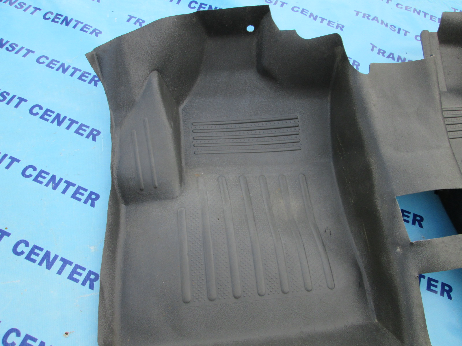 Ford Transit Connect >> Tapis de sol Ford Transit Connect 2002