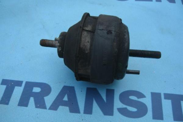 Tampon protection moteur gauche 2.5 diesel Ford Transit 1994-2000