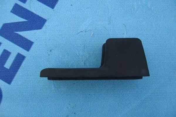 Pare-chocs cote portiere coulissante  Ford Transit 2000-2006